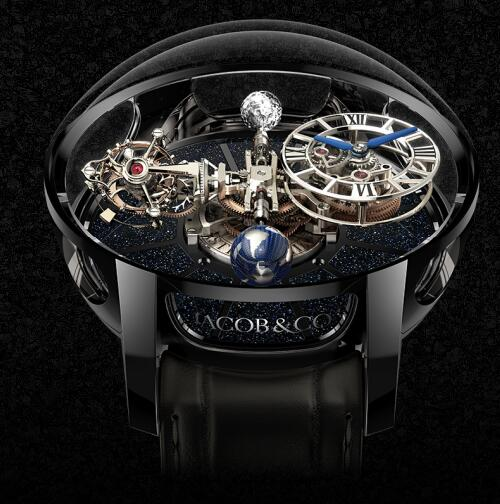The large diameter of the case makes the watch look grand and luxury.